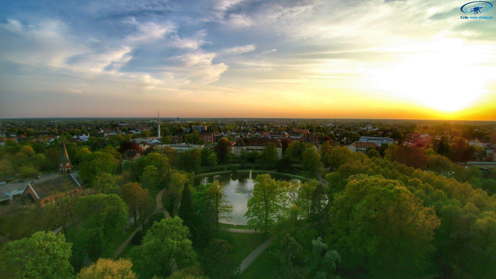 Sonnenuntergang über Celle Französischer Garten Celle Von Obende